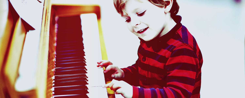 modern-music-studio_slider_piano-lessons-2
